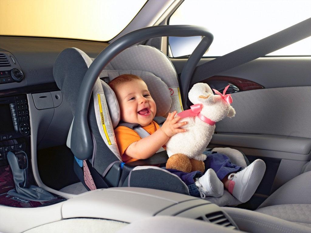 Автолюльки для малышей: зачем тратить больше?